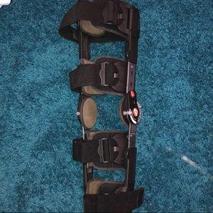 BREG Post-Op Knee Surgery Brace
